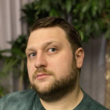 Егор Сенников